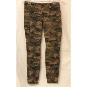Women's SO Size 7 Camo Jeans High Rise Slim